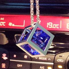 Car Pendant Fashion Crystal Cube Hanging Creative Cubic Craft Automobiles Rearview Mirror Decorations Ornaments Accessories Gift