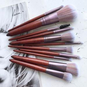 MAANGE 11Pcs Makeup Brushes Set Cosmetic Foundation Powder Blush Eye Shadow Lip Blend Wooden Make Up Brush Tool Kit Maquiagem